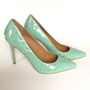 NIB aqua pumps heels spike detail, size 9.5